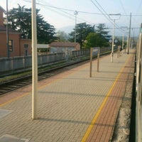 Photo taken at Stazione di Domegliara by Matteo Q. on 4/9/2017
