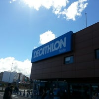 Photo taken at Decathlon by Makuss A. on 10/15/2012