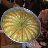 12/30/2012 tarihinde Atınçziyaretçi tarafından Nusr-Et Steakhouse'de çekilen fotoğraf