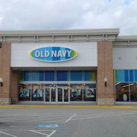 Photo taken at Old Navy by Farhan R. on 1/11/2013