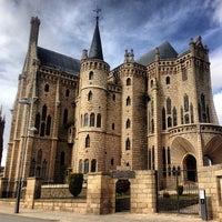 Photo taken at Palacio Episcopal de Astorga by Chete D. on 3/10/2013
