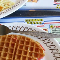 Photo taken at Waffle House by Rob S. on 7/5/2013
