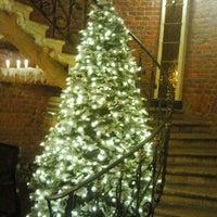 Снимок сделан в Brasserie de Metropole пользователем Natalya E. 12/24/2012