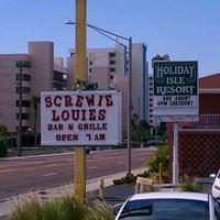 Photo taken at Screwie Louie's by Galen W. on 9/23/2012