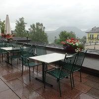 Das Foto wurde bei Sheraton Fuschlsee-Salzburg Hotel Jagdhof von Mayasa am 8/19/2013 aufgenommen