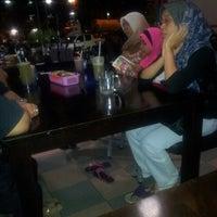 Photo taken at Juvita Seafood Restaurant by Hamzah R. on 3/15/2013