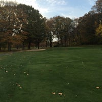 Photo taken at Van Cortlandt Park Golf Course by Garren D. on 11/7/2015