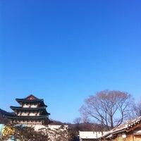 Photo taken at The National Folk Museum of Korea by Yuki N. on 1/26/2013