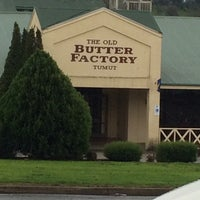 Photo taken at The Old Butter Factory (Tumut) by ak y. on 6/1/2014