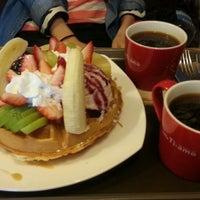 Photo taken at Caffè TIAMO by Boram K. on 3/1/2013