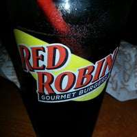 Photo taken at Red Robin Gourmet Burgers by Tony W. on 10/18/2012