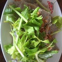 Photo taken at Pla Yai Restaurant by Buabbuab C. on 4/9/2017