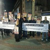 Photo taken at Suriye Konsolosluğu by Uğur 👽וגור on 3/19/2013
