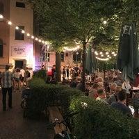 รูปภาพถ่ายที่ Frannz Club โดย Stefan M. เมื่อ 7/18/2018