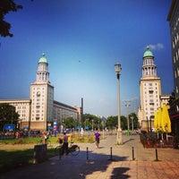 Das Foto wurde bei Frankfurter Tor von Stefan M. am 7/9/2013 aufgenommen