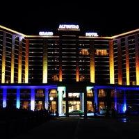 10/1/2013 tarihinde Nuriziyaretçi tarafından Grand Altuntaş Hotel'de çekilen fotoğraf