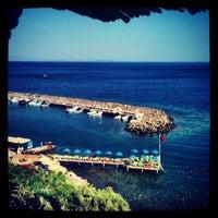 7/5/2013 tarihinde Nurziyaretçi tarafından Assos Antik Liman'de çekilen fotoğraf