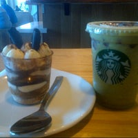 Photo taken at Starbucks by Yuda n'dut M. on 6/19/2013