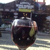 12/21/2012 tarihinde Orhan İ.ziyaretçi tarafından Giritli Şarap Evi'de çekilen fotoğraf