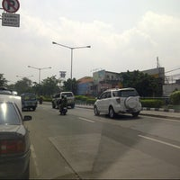 Photo taken at Jalan Otista by Indra A. on 5/27/2014