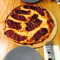 Photo taken at Pizza Il Forno by Demet G. on 2/24/2015