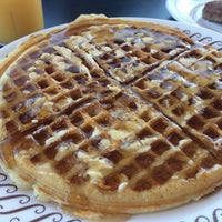 Photo taken at Waffle House by Peggy G. on 4/4/2015