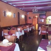 Photo taken at Indian Restaurant Ganesha by Sidhartha Y. on 8/12/2013
