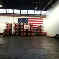 รูปภาพถ่ายที่ Revolution Brewing โดย Kristine A. เมื่อ 1/9/2013