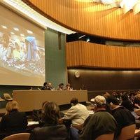 Снимок сделан в United Nations Office at Geneva пользователем Thierry M. 6/12/2013