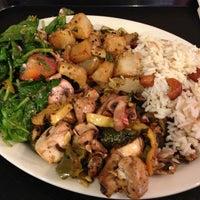 รูปภาพถ่ายที่ Aladdin's Mediterranean Cuisine โดย Glenn B. เมื่อ 7/23/2013