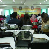 Photo taken at Akademi Keperawatan Jayakarta (AKPER)™ by Mutia S. on 9/23/2012