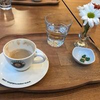 3/26/2018 tarihinde Metehan E.ziyaretçi tarafından Kahvezen Bistro & cafe'de çekilen fotoğraf