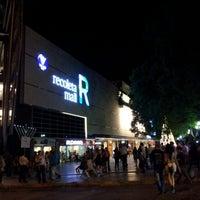 Foto tirada no(a) Recoleta Mall por Gustavo M. em 12/17/2012