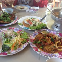 Photo taken at Rub Lom Seafood by Sineenat.chs on 12/30/2015