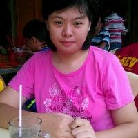 Photo taken at Kedai Kopi Chong Nyuk Lien & Yap Choon Kwai by Chee S. on 11/10/2012