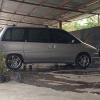 """Photo taken at Car wash """"Sineleyan"""" by Totok S. on 10/13/2014"""