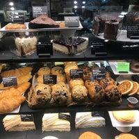 Photo taken at Starbucks by Kunmay on 8/16/2017