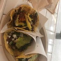 8/17/2018에 Matthew C.님이 Los Tacos No. 1에서 찍은 사진