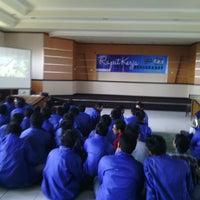 Photo taken at Dinas Pendidikan Kota Surabaya by Eko Adhi W. on 8/24/2013