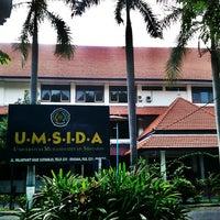 Photo taken at Universitas Muhammadiyah Sidoarjo by TorGis H. on 10/14/2012