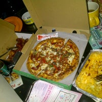 Photo taken at PHD - Pizza Hut Delivery by fara d. on 8/5/2013