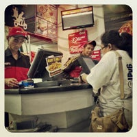 Photo taken at PHD - Pizza Hut Delivery by Agus P. on 10/26/2012
