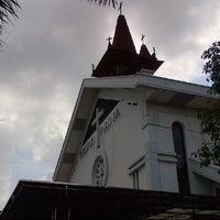 Photo taken at Gereja Katolik Kristus Raja by Samuel A. on 5/19/2013