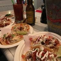 Foto scattata a Los Mariscos da Becky M. il 3/25/2018