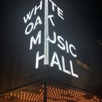 รูปภาพถ่ายที่ White Oak Music Hall โดย Michael เมื่อ 7/1/2018