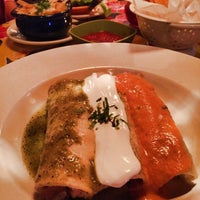 Photo taken at Gonza Tacos y Tequila by Yelena on 1/23/2015