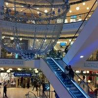 Das Foto wurde bei Einkaufszentrum Limbecker Platz von Dmitri S. am 11/23/2012 aufgenommen