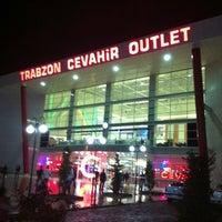 11/11/2012 tarihinde ☔️ .ziyaretçi tarafından Cevahir Outlet Alışveriş Merkezi'de çekilen fotoğraf