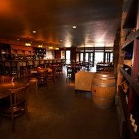 11/20/2013にJake's on 6th Wine BarがJake's on 6th Wine Barで撮った写真
