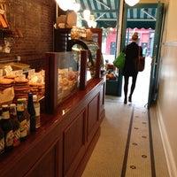 Foto tomada en Amy's Bread por Joseph L. el 10/23/2012